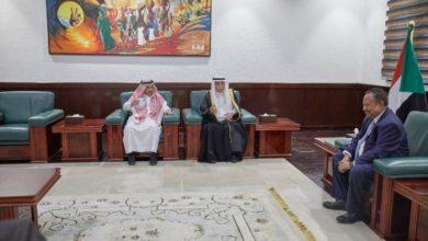 صورة حمدوك يتلقى دعوة من بن سلمان للمشاركة في مؤتمر المناخ بالشرق الأوسط