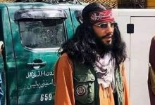 صورة شاهد: ملابس أحد قادة طالبان تثير جدلاً وسخرية بمواقع التواصل الاجتماعي .. لن تصدق سعرها!