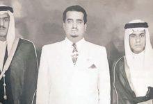 صورة صورة نادرة للراحل الملك فهد متوسطا شقيقيه الأمير نايف والأمير تركي