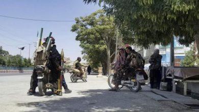 صورة طالبان: يمكن للمرأة التعلم والعمل وسترتدي الحجاب