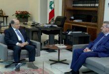 صورة لبنان.. عون يستدعي حاكم المصرف المركزي بعد قرار رفع دعم المحروقات