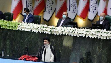 صورة نواب إيرانيون ينتقدون غياب النساء وأهل السنة عن حكومة رئيسي
