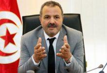 صورة وزير تونسي سابق يقاضي صحيفة محلية اتهمته بتهريب أسلحة إلى ليبيا