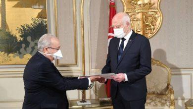 """صورة وزير خارجية الجزائر يعلن تلقيه """"معلومات دقيقة"""" من رئيس تونس (فيديو)"""