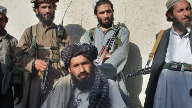 صورة طالبان تمنع استئناف العمل في المؤسسات الحكومية