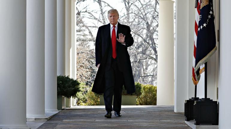 إجراءات بالكونغرس لمحاكمة ترامب ولائحة اتهام ضده.. وتحذير من انقسام البلاد ودعوات لاستقالة الرئيس